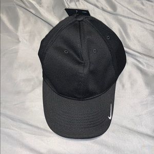 Golf style Nike hat